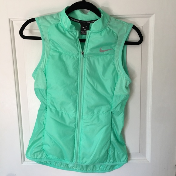 ec83aed9acd8 Nike Green Running Vest NWT